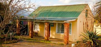 Lima Mhatey Self Catering: Riversdale Accommodation